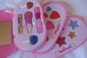 2804150130-cosmetico-infantil